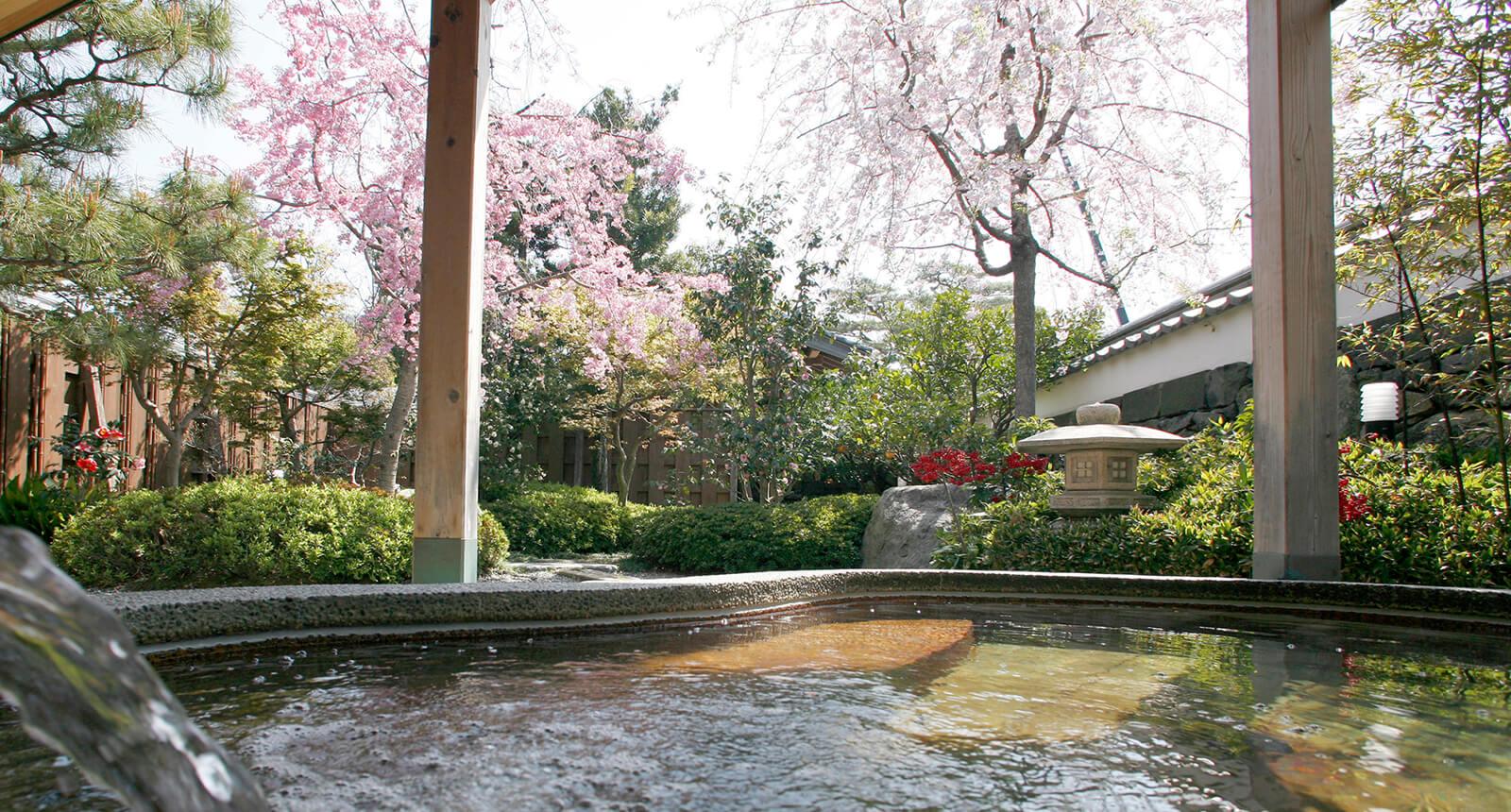 桜の大浴場