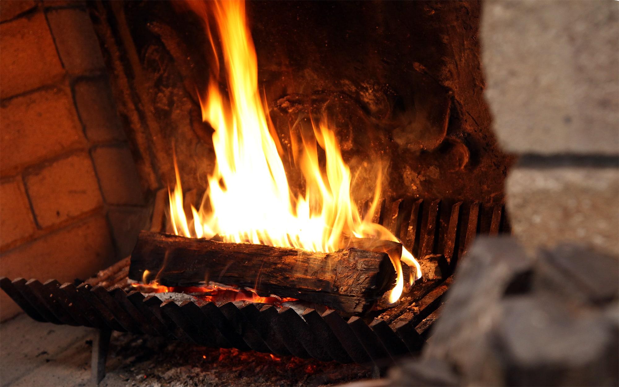 暖炉 - 山口県 萩市|世界遺産[萩城下町]唯一の旅館 萩城三の丸 北門屋敷