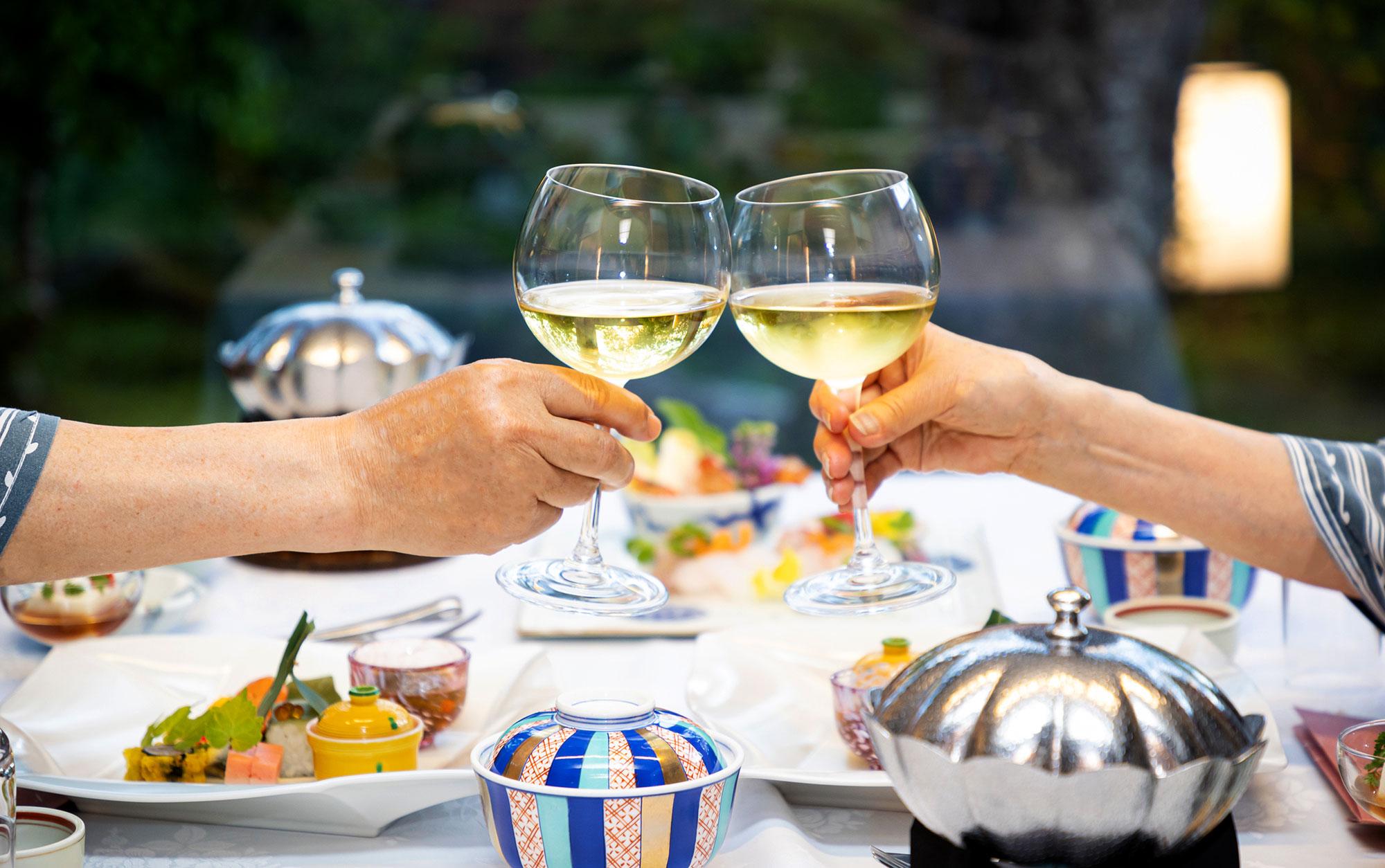 7月 ワイングラス - 山口県 萩市|世界遺産[萩城下町]唯一の旅館 萩城三の丸 北門屋敷