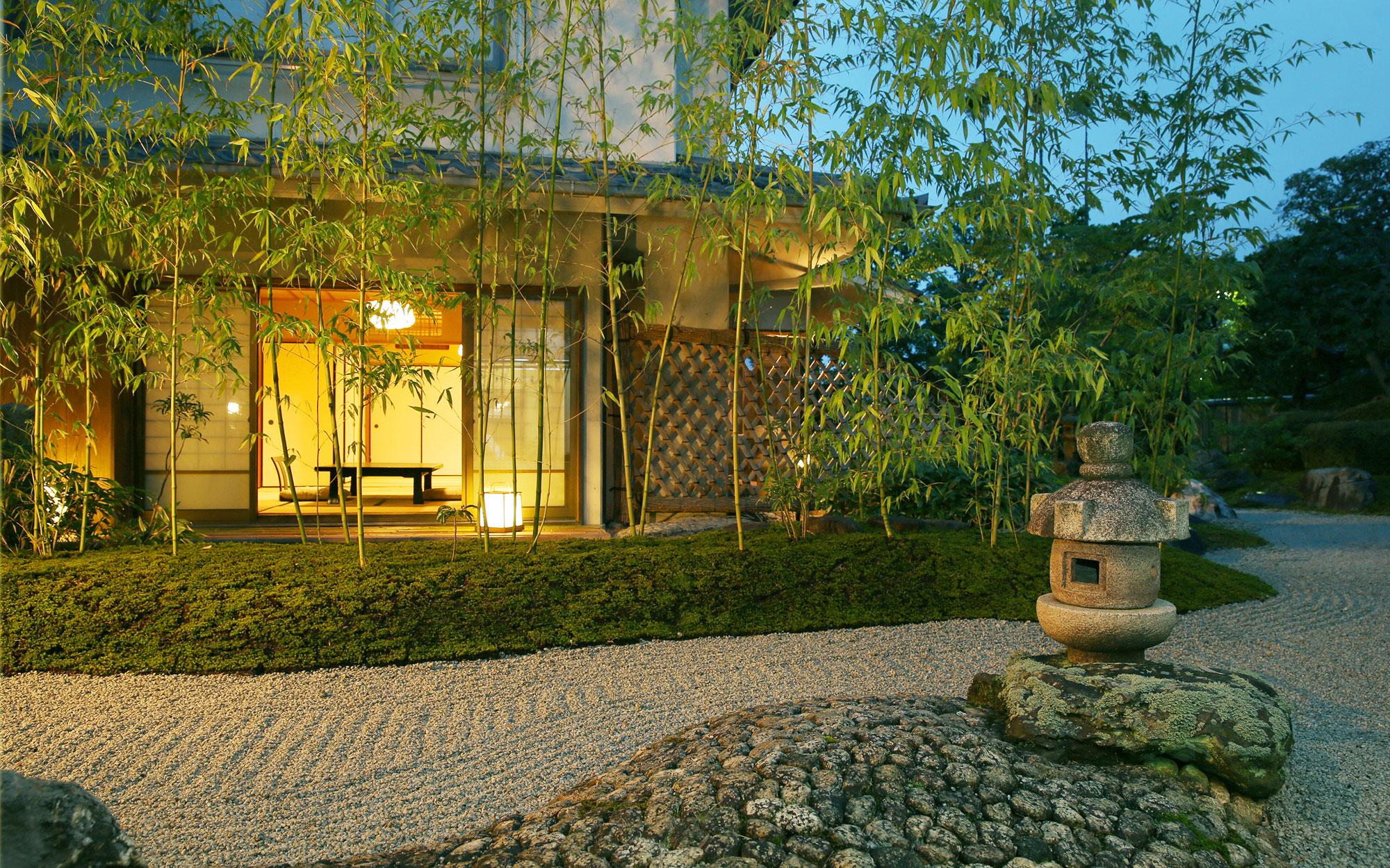 7月 桂月 - 山口県 萩市|世界遺産[萩城下町]唯一の旅館 萩城三の丸 北門屋敷